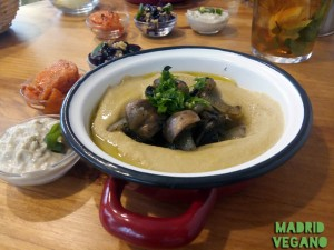 Hummus de champiñón de La Hummuseria
