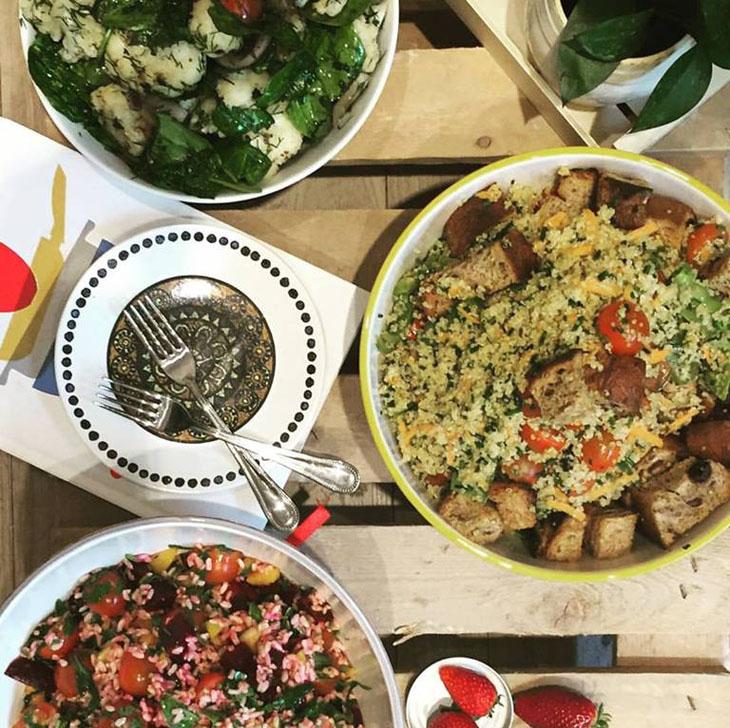 Ensaladas veganas en Madrid, cada vez más coloridas y completas