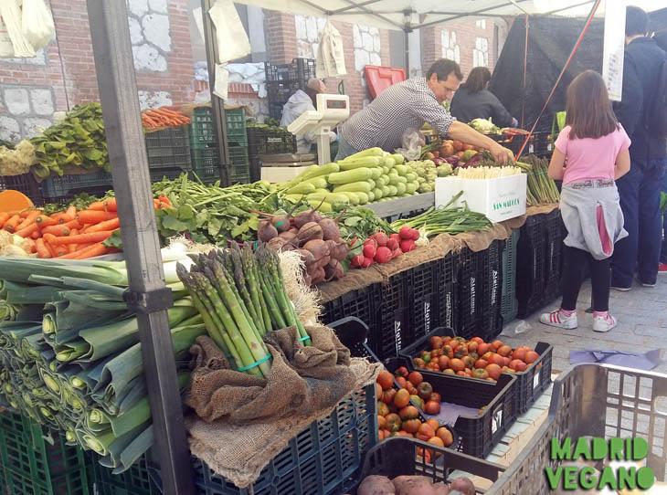 Ruta vegana por el Mercado de Productores de Madrid
