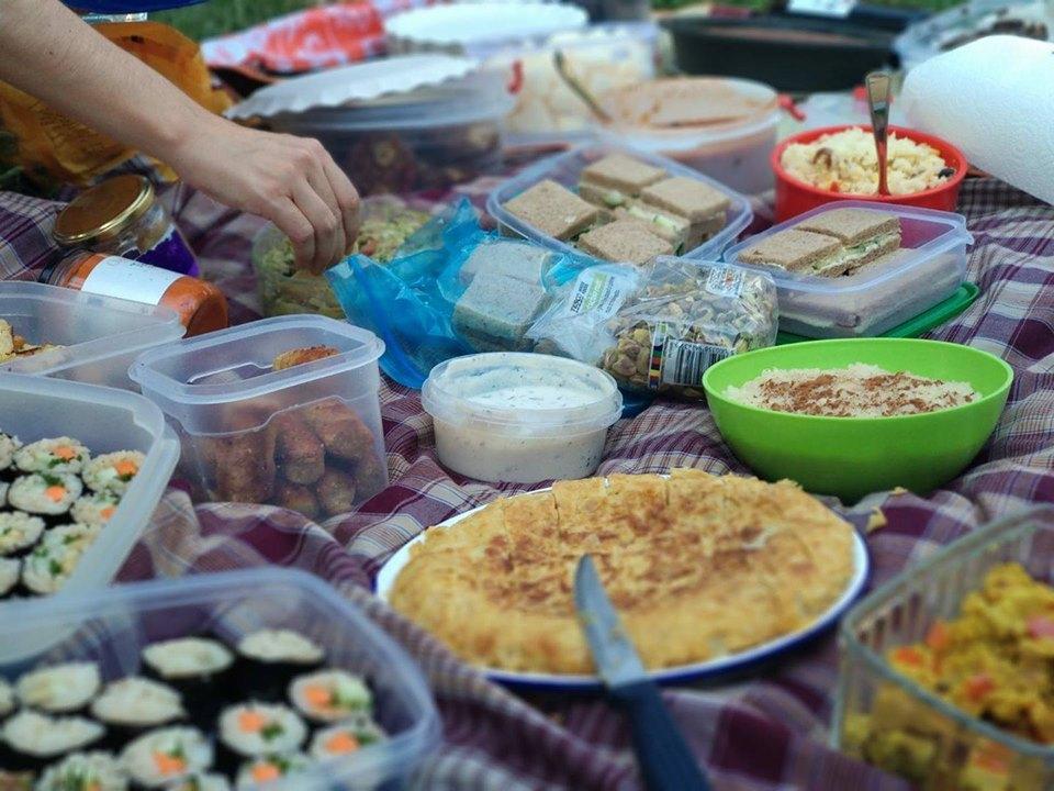 4-picnic-ama