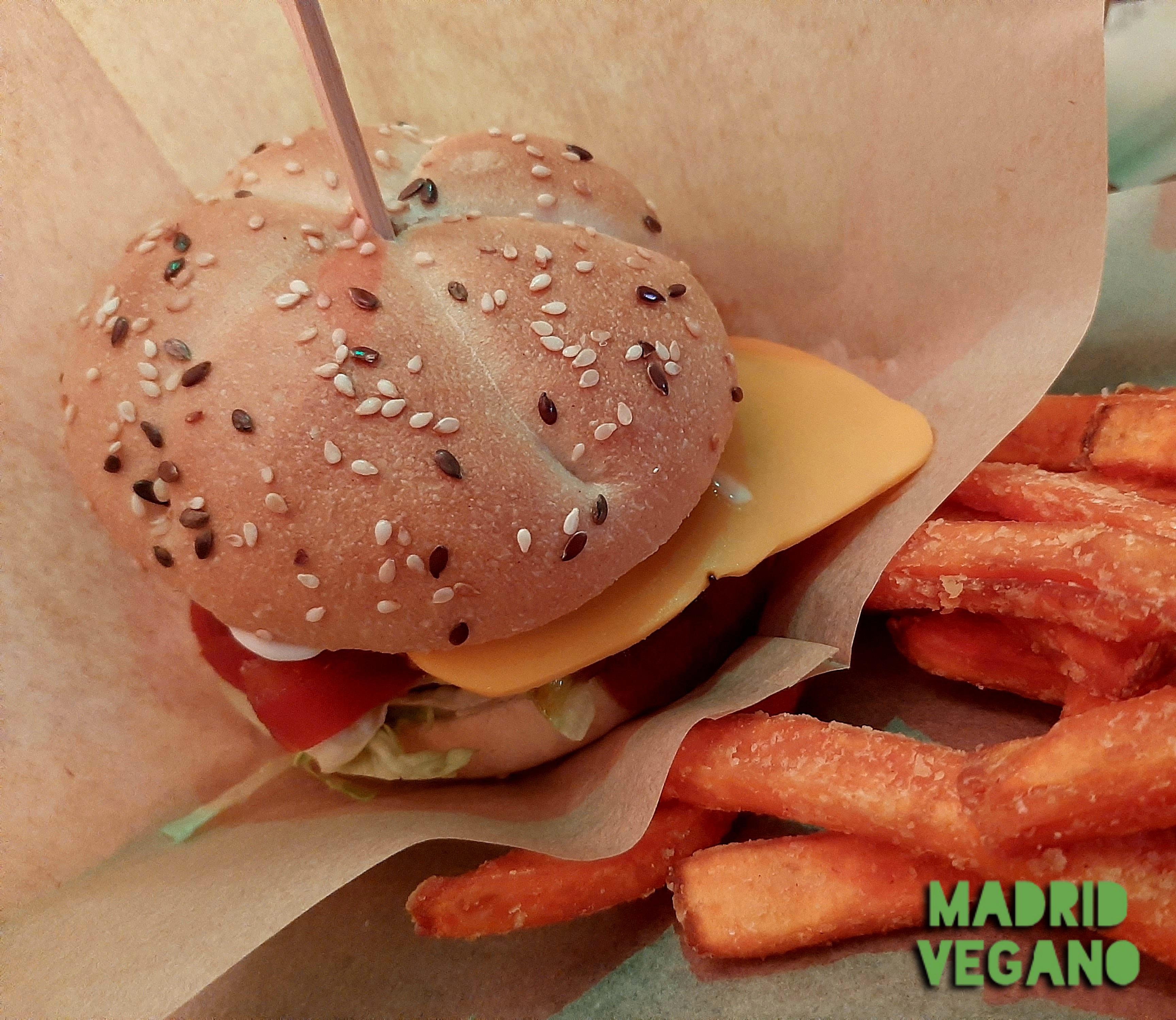 Bioloco Madrid abre sus puertas con una extensa carta de hamburguesas