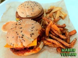 Vox contra las hamburguesas, salchichas y albóndigas vegetales
